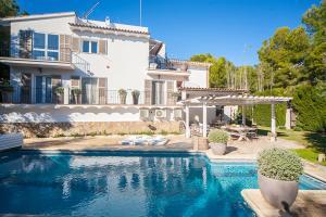 obrázek - Costa de la Calma Villa Sleeps 9 Pool Air Con WiFi