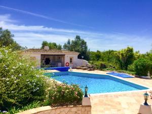 Parchal Villa Sleeps 15 Pool Air Con WiFi - Parchal