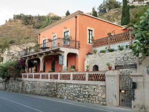 Villa degli Ulivi - AbcAlberghi.com