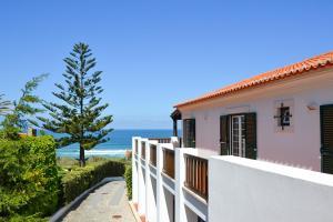 Adraga Villa Sleeps 10 Pool WiFi - Cabo da Roca