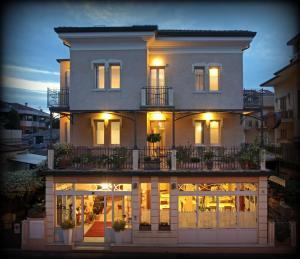 Hotel Villa Irma - AbcAlberghi.com
