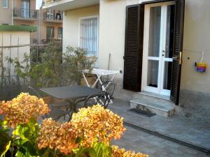 Bilocale con terrazza - AbcAlberghi.com
