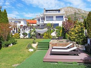 Mariavolgy Villa Sleeps 12 Pool Air Con WiFi - Törökbálint