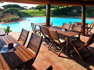 Amoreira Apartment Sleeps 5 Pool Air Con WiFi - Amoreira
