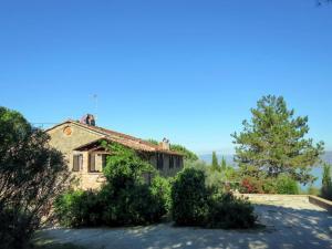 Montecolognola Apartment Sleeps 16 Pool WiFi - AbcAlberghi.com