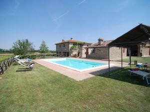 Le Case Villa Sleeps 16 Pool WiFi - AbcAlberghi.com