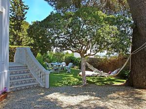 Pedralbes Villa Sleeps 12 Pool Air Con WiFi T698058 - Barcelona