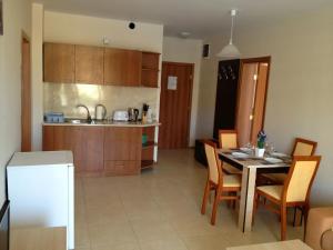 Apartments Aheloy Palace, Апартаменты  Ахелой - big - 6