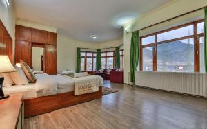 Hotel Reenam, Отели  Лех - big - 17