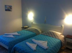 Special Offer-Double or Twin Room with Car Rental