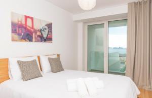 5 Star Riverside Apartment, A/C, Netflix & Parking, 1495-744 Cruz Quebrada
