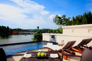 Dusit Thani Pool Villa