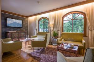 Ferienhotel Neuwirt - Hotel - Hippach