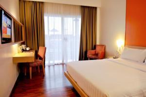 Quest Hotel Semarang, Отели  Семаранг - big - 15