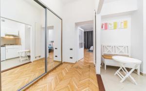 Brilliant studio apartment | City Center Old Town | Floriańska
