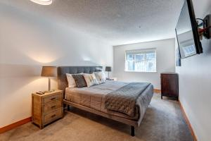 Glaciers Lodge by Outpost Whistler - Apartment - Whistler Blackcomb