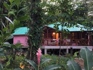 Jardin Del Pozo, Cahuita