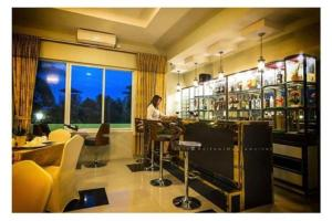 Shwe Bon Nan Hotel, Hotel  Moulmein - big - 15
