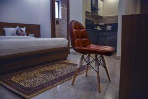 Grand Oyster Service Apartments, Апарт-отели  Гургаон - big - 8