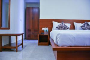 Grand Oyster Service Apartments, Апарт-отели  Гургаон - big - 32