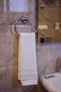 Grand Oyster Service Apartments, Апарт-отели  Гургаон - big - 36