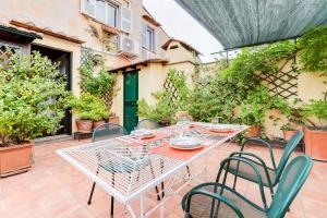 obrázek - Exquisite 2 bed w/Terrace in Trastevere