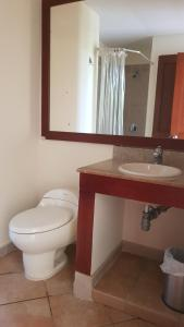 Double Room with Balcony HOTEL EL PENON GIRARDOT