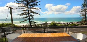 Unit 3 Phoenix Apartments, 1736 David Low Way Coolum Beach - Linen Incl. WIFI, 500 Bond - Marcoola