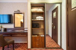Attache Hotel, Отели  Ростов-на-Дону - big - 4