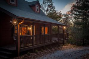 Lazy Bear Lodge - East Ellijay