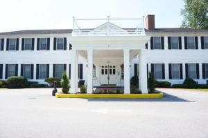 Litchfield Inn - Accommodation - Litchfield