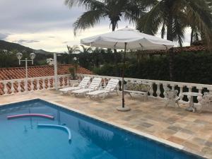 Casa em Escarpas com piscina - Capitólio
