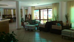 Hylatio Tourist Village, Апарт-отели  Писсури - big - 104