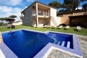obrázek - Montbarbat Villa Sleeps 13 Pool Air Con WiFi