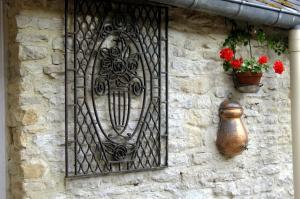 Chambres et Tables d'hôtes à l'Auberge Touristique, Bed and breakfasts  Meuvaines - big - 81