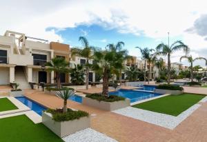 Zenia Beach Townhouse, Ferienhäuser  Playa Flamenca - big - 75