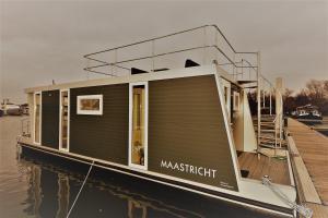 "obrázek - Cozy floating boatlodge ""Maastricht""."