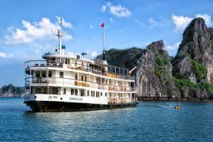 Emeraude Classic Cruises, Халонг