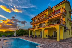 Luxury apartments Kostrena with heated pool 2