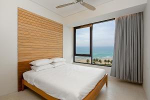 Bada beach apartmentt- Hyatt regency Danang