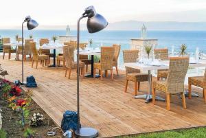 Paliouri Villa Sleeps 6 Air Con WiFi