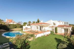 Cala Llonga Villa Sleeps 6 Air Con WiFi