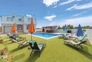 Razine Villa Sleeps 7 Air Con WiFi - Ražine