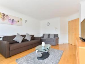 Canary Wharf Apartment Sleeps 4 WiFi - Bermondsey