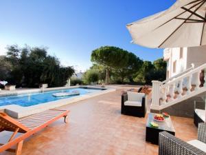 els Olivars Villa Sleeps 10 Pool Air Con - Pau