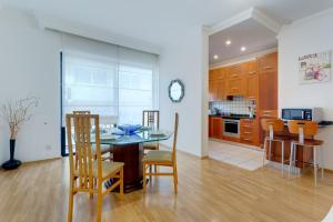 obrázek - Central Apartment in St Julian's, Perfect for Families