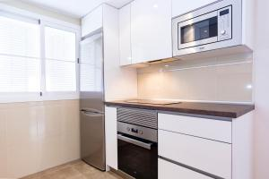 Apartament & Parking Ventura, Appartamenti  Malaga - big - 2