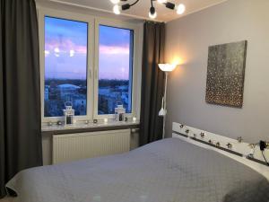 WARSZAWA CENTER POWIŚLE 3 rooms 10th floor view