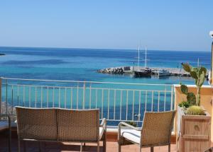 Palermo Mare Holidays - Sferracavallo