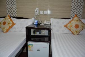 Everest Hostel 14/F